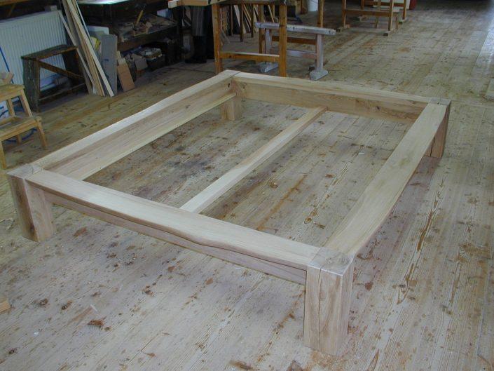 Schreiner Bett bauen - Bettgestell