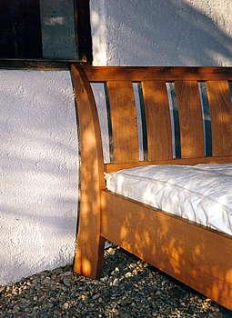 Bett vom Schreiner bauen lassen, Birnbaum